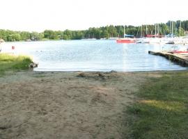 Plaża nad jeziorem Kisajno