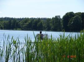 Nad jeziorem Łoby