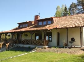 widok domu od strony tarasu